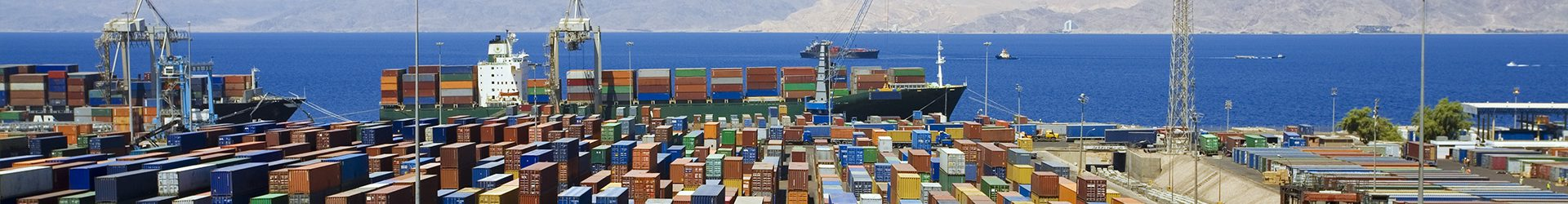 Transporter und Container